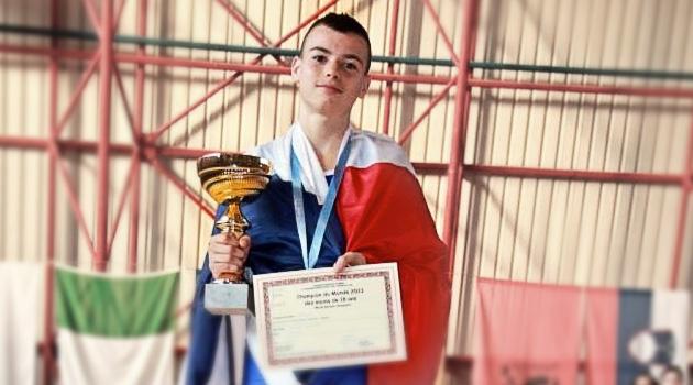 lorenzo-champion-du-monde-boxe-francaise